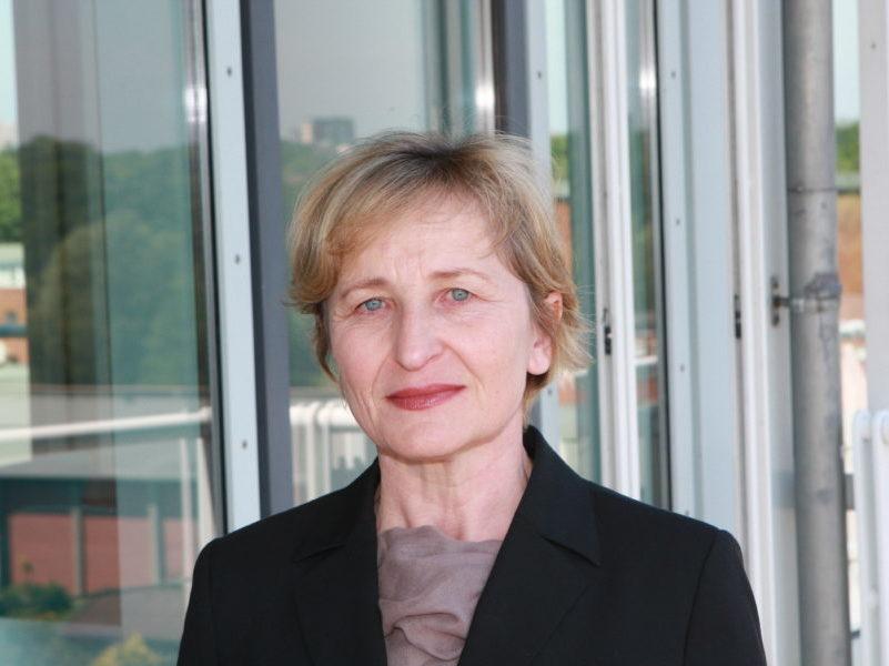 Dr. Brigitte Steinke